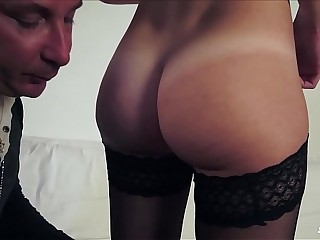 SCAMBISTI MATURI - Italian amateur rides cock in steamy hardcore sex session