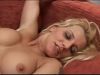 Italian blonde milf show off her great body