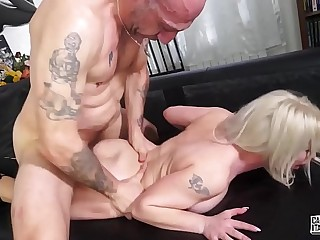 CASTING ALLA ITALIANA - Sexy Italian blonde Alessia Di Pessaro in anal audition